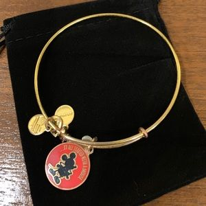 Alex and Ani Mickey Mouse Bangle Bracelet🐭🏰♥️